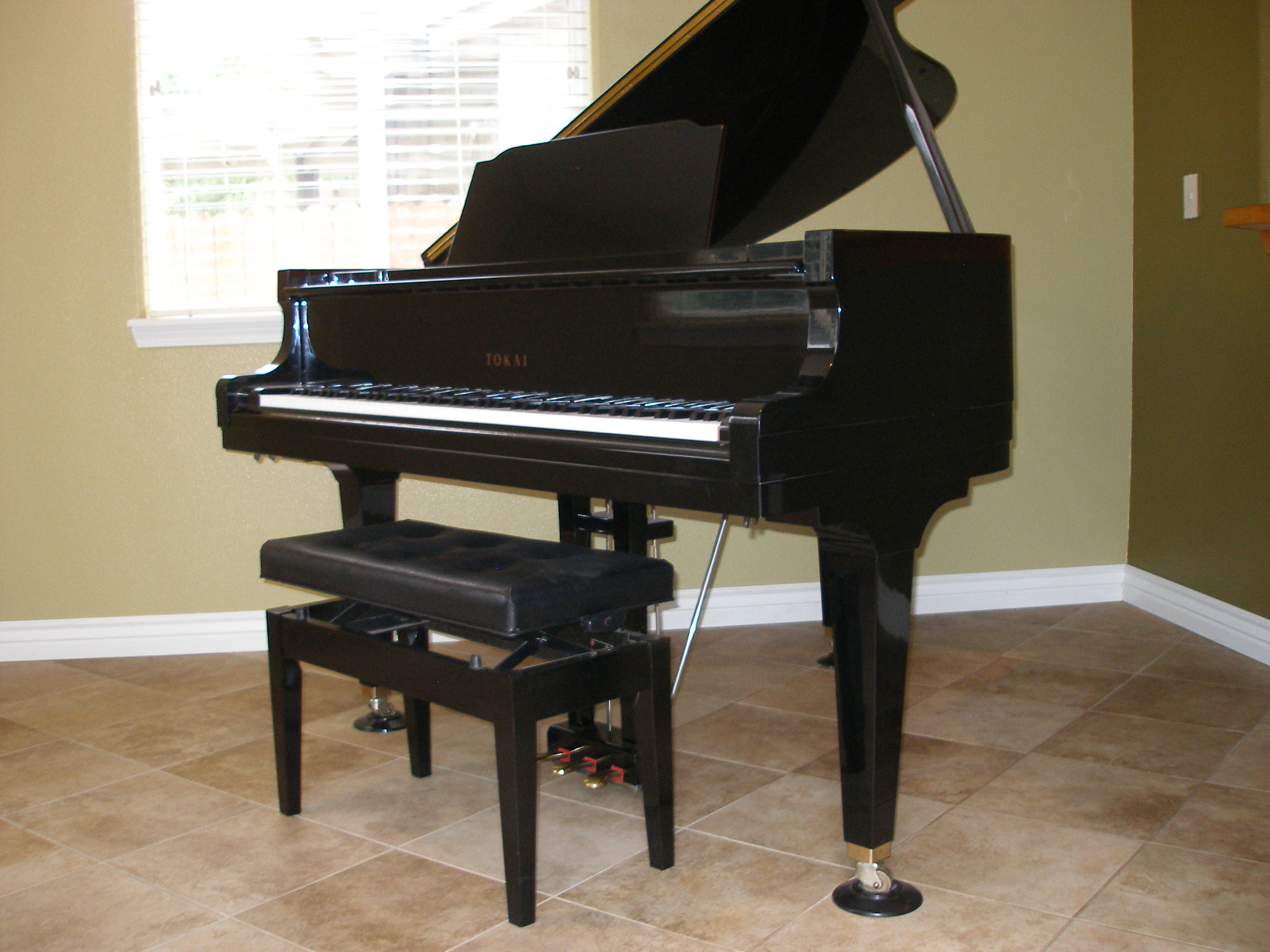 Lester upright piano related keywords lester upright for Smallest baby grand piano dimensions